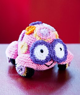Love Bug Amigurumi in Aunt Lydia's Metallic Crochet Thread Size 10 - LC2574