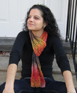 Knit Scarf in Plymouth Kudo - F352