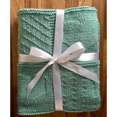 So Precious Heart Patchwork effect Baby Blanket