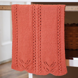 Lace Edged Hand Towel in Classic Elite Yarns Verde Collection Seedling